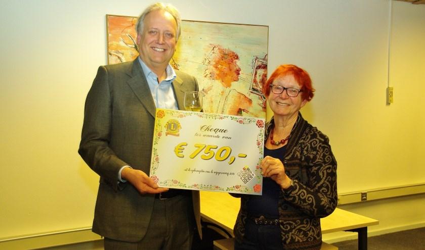 Lions cheque cultuurfonds